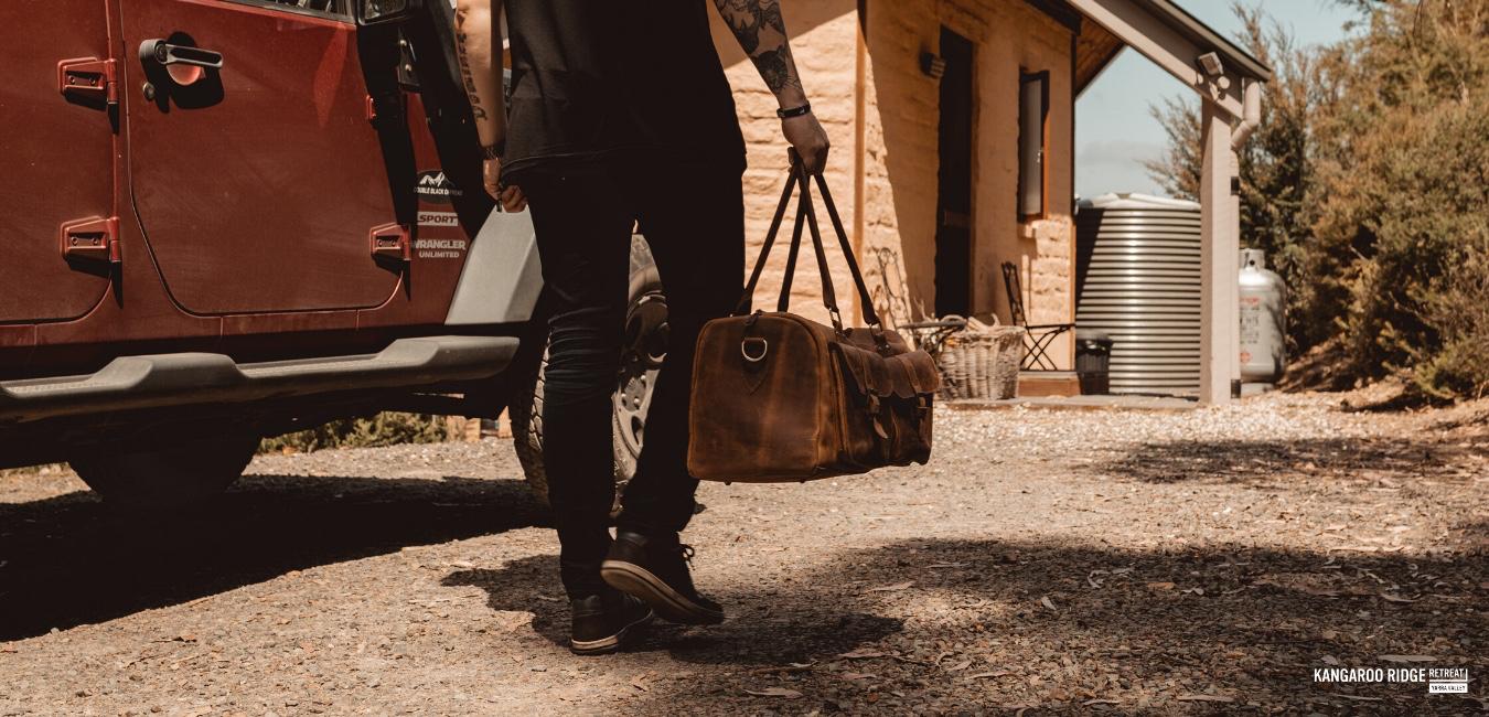 Arriving at Kangaroo Ridge Retreat is an independant affair