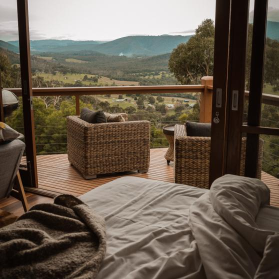 Wake up and relax in bed with magnificnet mountain views