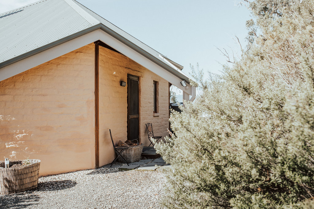 Kangaroo Ridge Retreat cabins